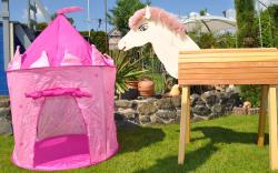 GALOPPI®-DAS Gartenpferd-Spielset mit Spielzelt und Abdeckhaube Besuch bei der stolzen Königin